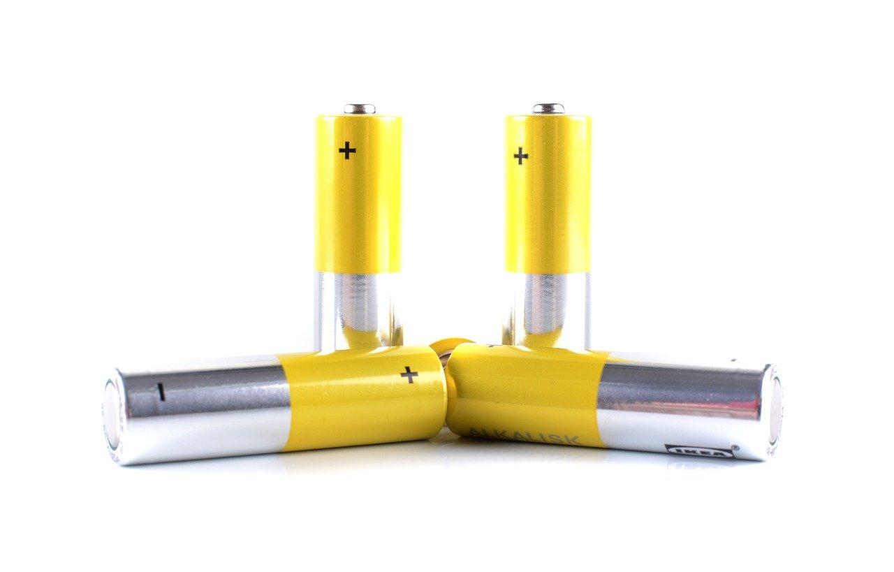 テープを使った電池の捨て方・注意点を徹底解説【資源を守ろう】のサムネイル画像